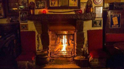 Old Pub 1