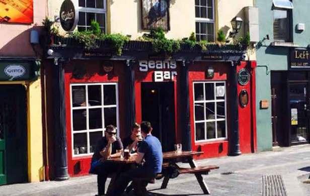 Old Pub H